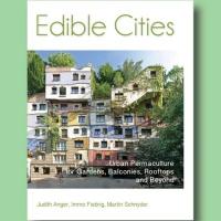 The book 'Edible Cities'-
